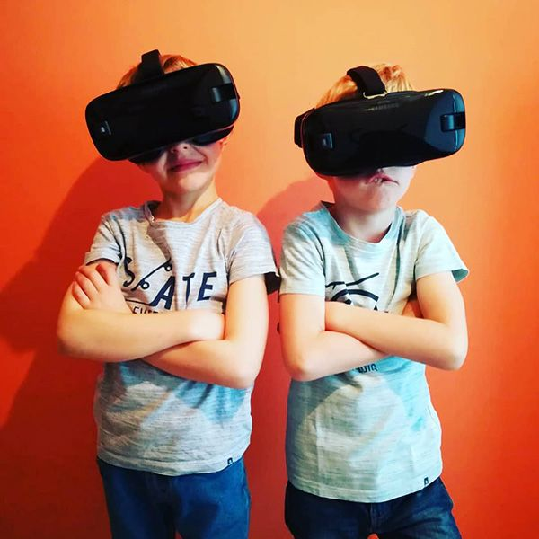 TeemVR Two Kids with VR Goggles